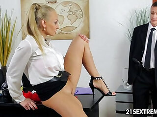 Mistress porn: free XXX video clips with all types of hot mistresses
