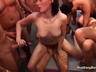 groupsex swinger party orgy