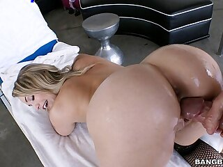 Asstastic Mia Malkova
