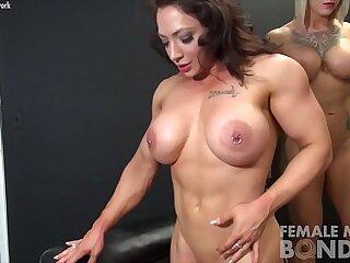 Duchess Dani masturbates pussy